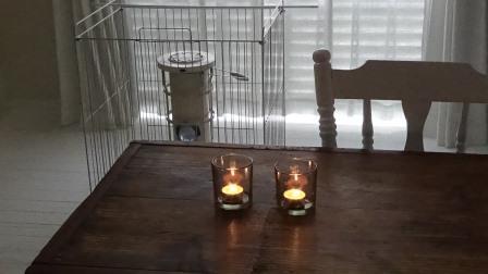 断捨離で疲れたら、キャンドルの灯りを暮らしに取り入れる。