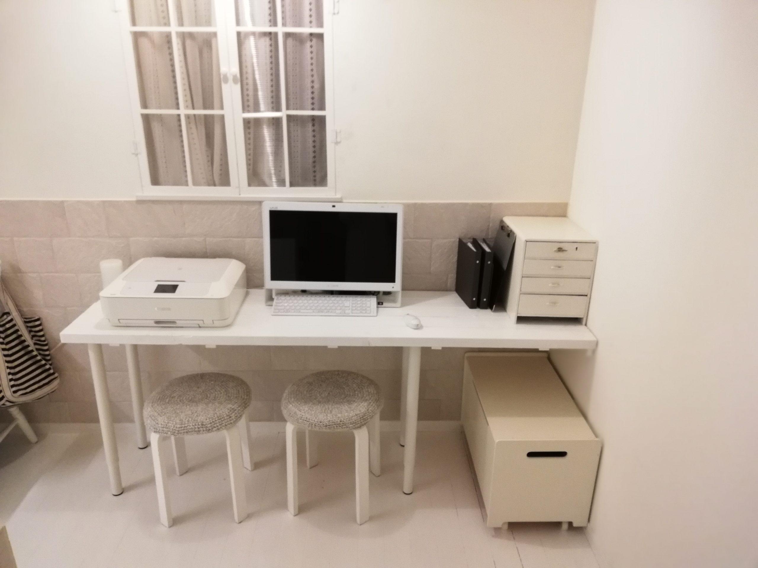 パソコンデスクをDIY♪スリムでプリンターを置いても余裕のサイズ